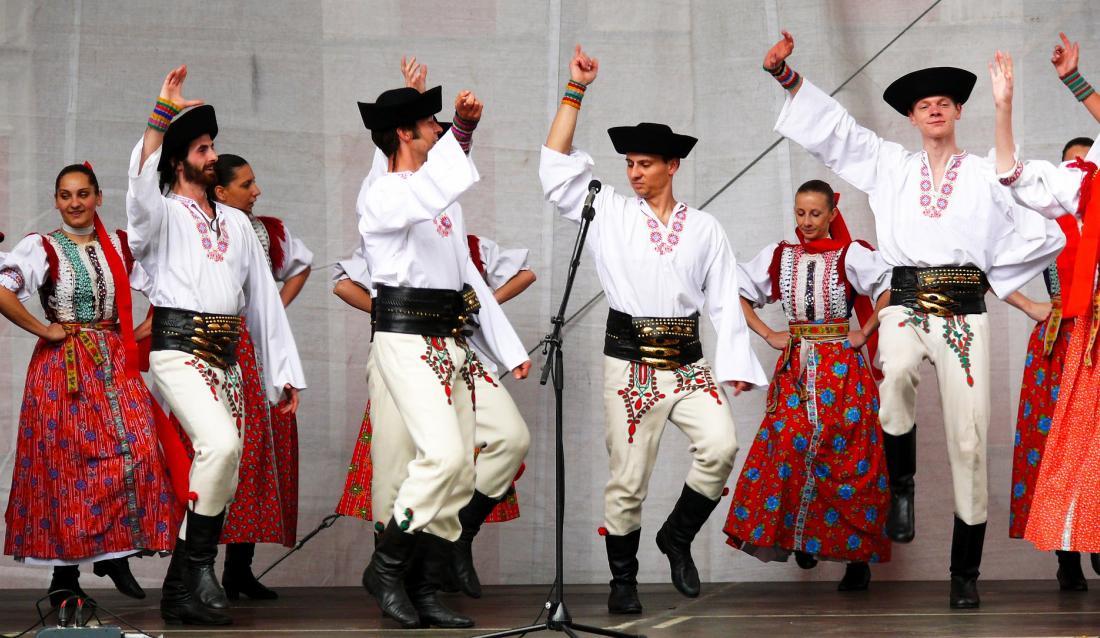 Slovak kroje